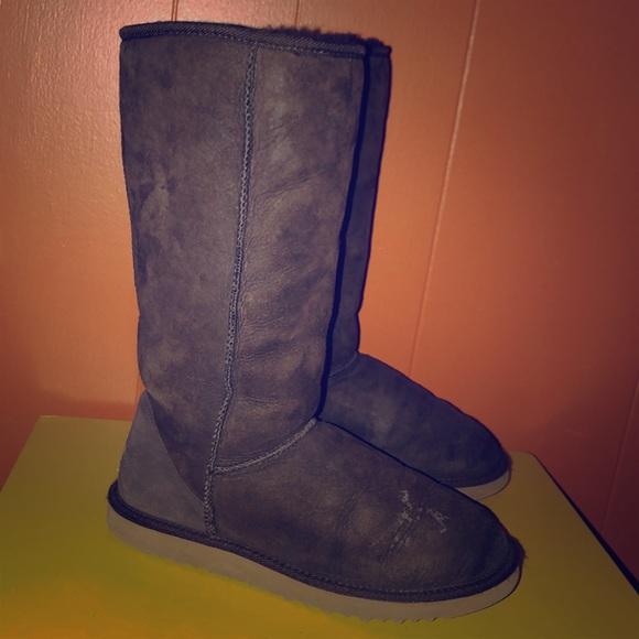 82861318629 UGG 5815 Brown Classic Tall Sheepskin Boots W9
